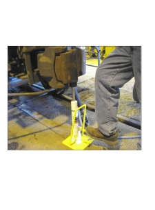 Foot Operated Hydraulic Coupler Jack